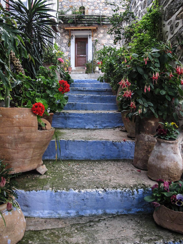 Vessa, a medieval village in south Chios