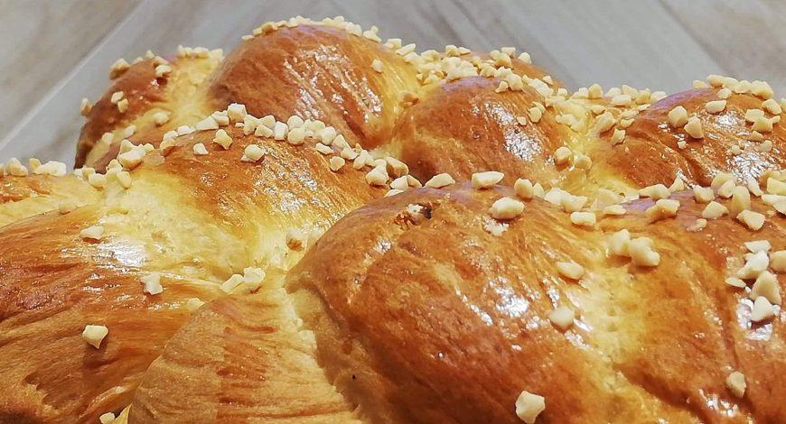 Chios Mastiha Recipes - Tsoureki with Chios Mastiha -